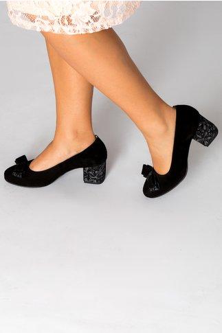 Pantofi Osir negri cu detalii florale pe toc si funda