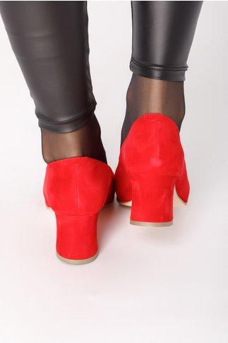 Pantofi rosii din piele intoarsa cu floare in fata