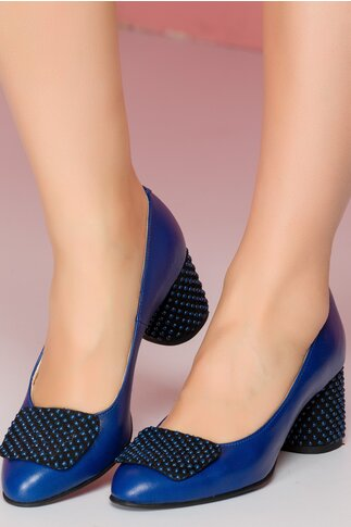 Pantofi Tanya bleumarin cu aplicatie pe varf si toc gros cu buline 3D
