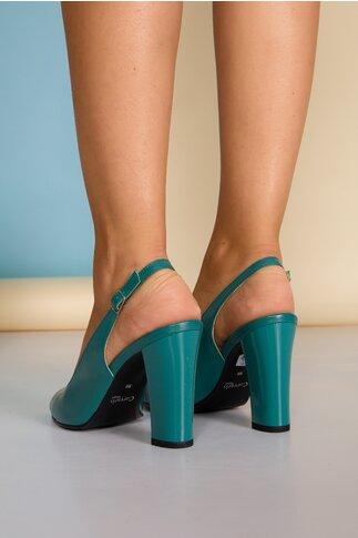 Pantofi turcoaz cu toc lucios si decupaj la spate