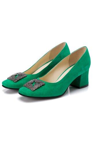 Pantofi verde din piele intoarsa cu aplicatie metalica in fata