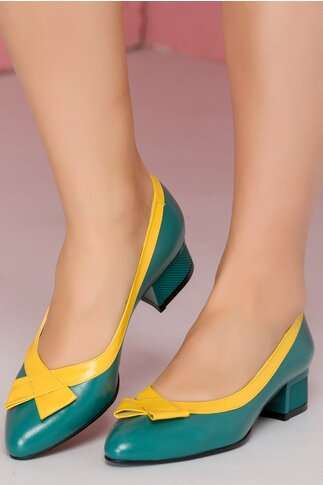 Pantofi verzi cu toc jos cu detalii in relief si fundita galbena pe varf