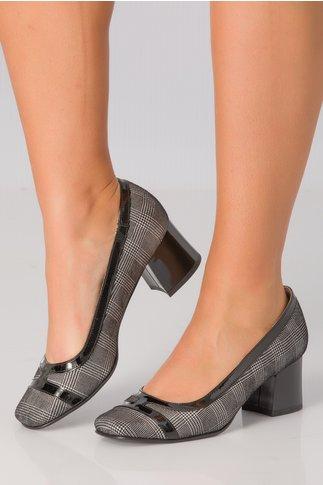 Pantofi Xya negru cu argintiu si toc jos
