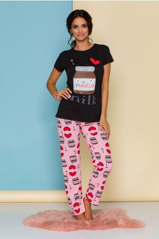 Pijama Love Nutella cu tricou negru si pantaloni roz