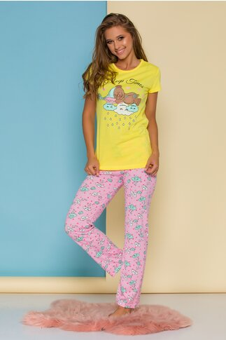 Pijama Sleep Time cu tricou galben si pantaloni roz cu imprimeu