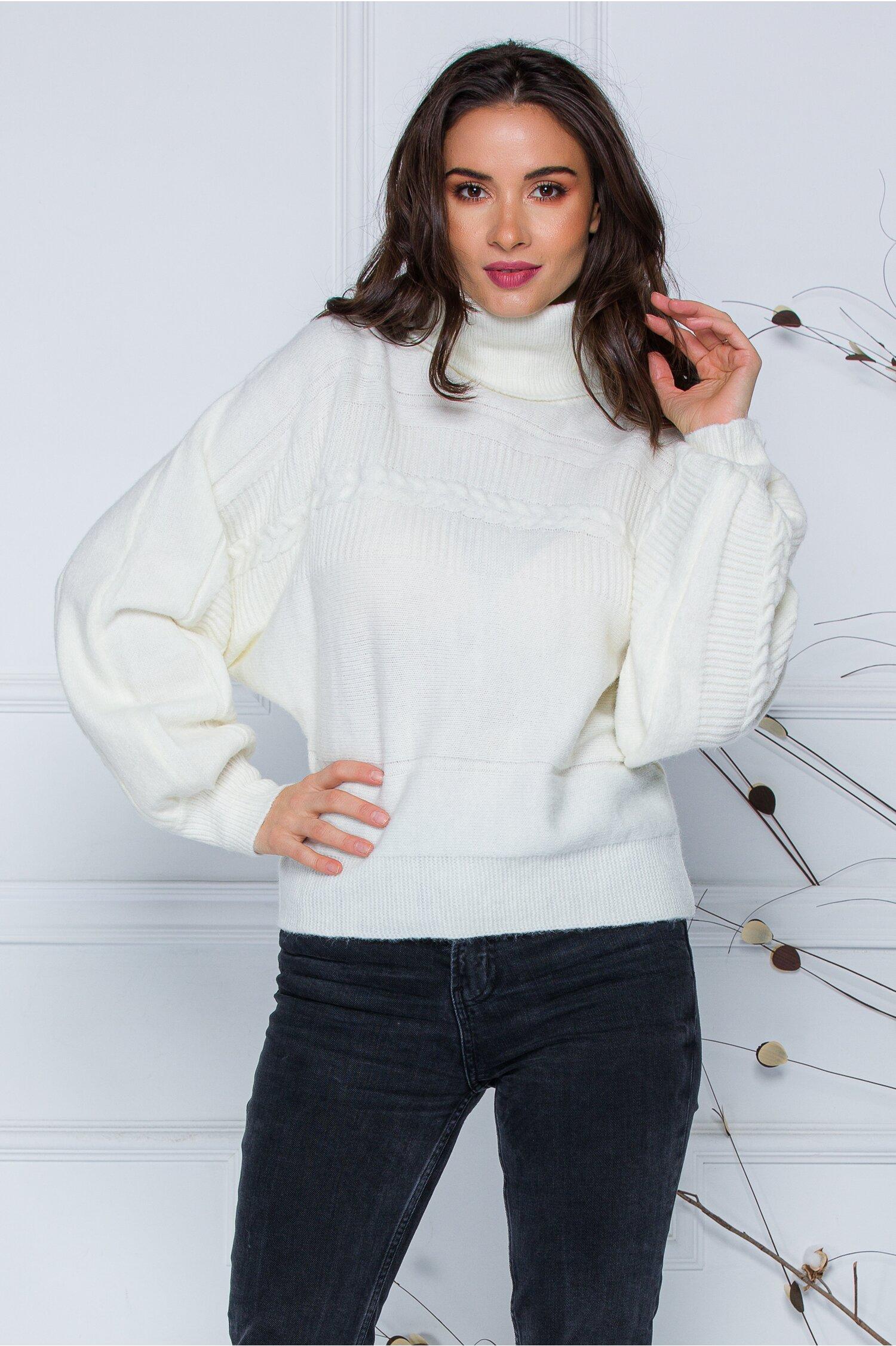Pulover Dory scurt alb din tricot cu guler inalt imagine