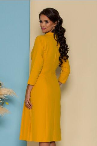 Rochie Adina galben mustar petrecuta cu pliuri pe o parte