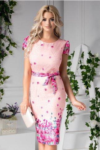 Rochie Ailyn rose cu detalii florale fucsia
