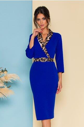 Rochie albastra cu rever animal print si curea