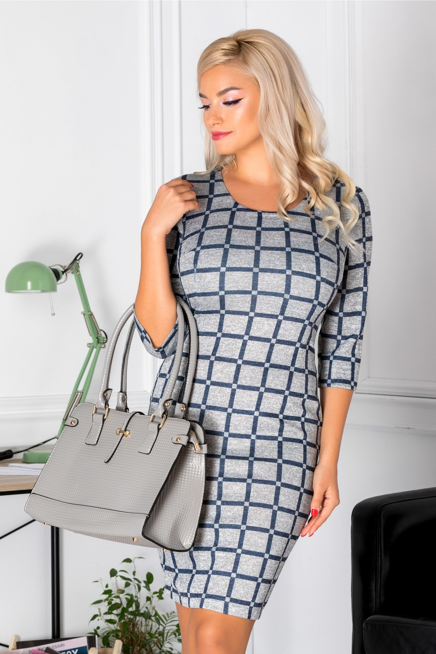 Magazin Online Haine - Rochie Alicya conica gri cu carouri bleumarin -Fashion-4u.Eu