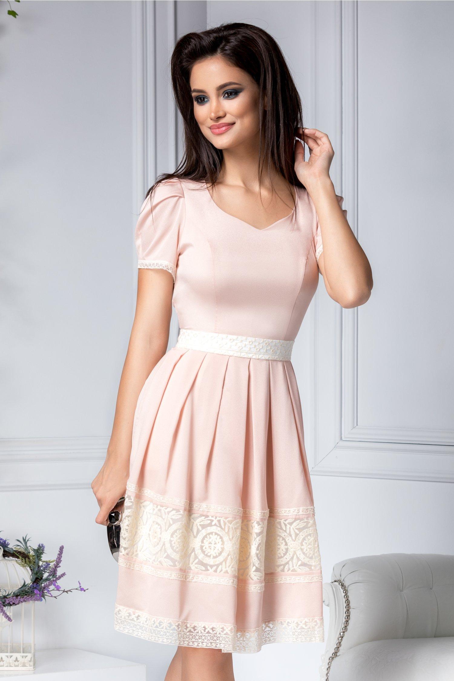 Magazin Online Haine - Rochie Alisa roz prafuit cu broderie -Fashion-4u.Eu