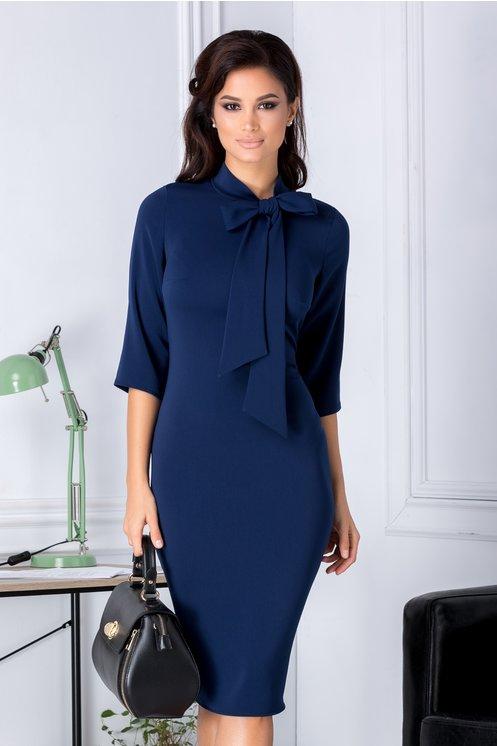 Rochie Alison bleumarin eleganta cu funda la guler