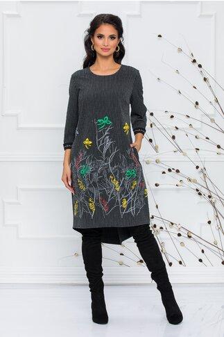 Rochie Amaia gri cu dungi negre si imprimeu