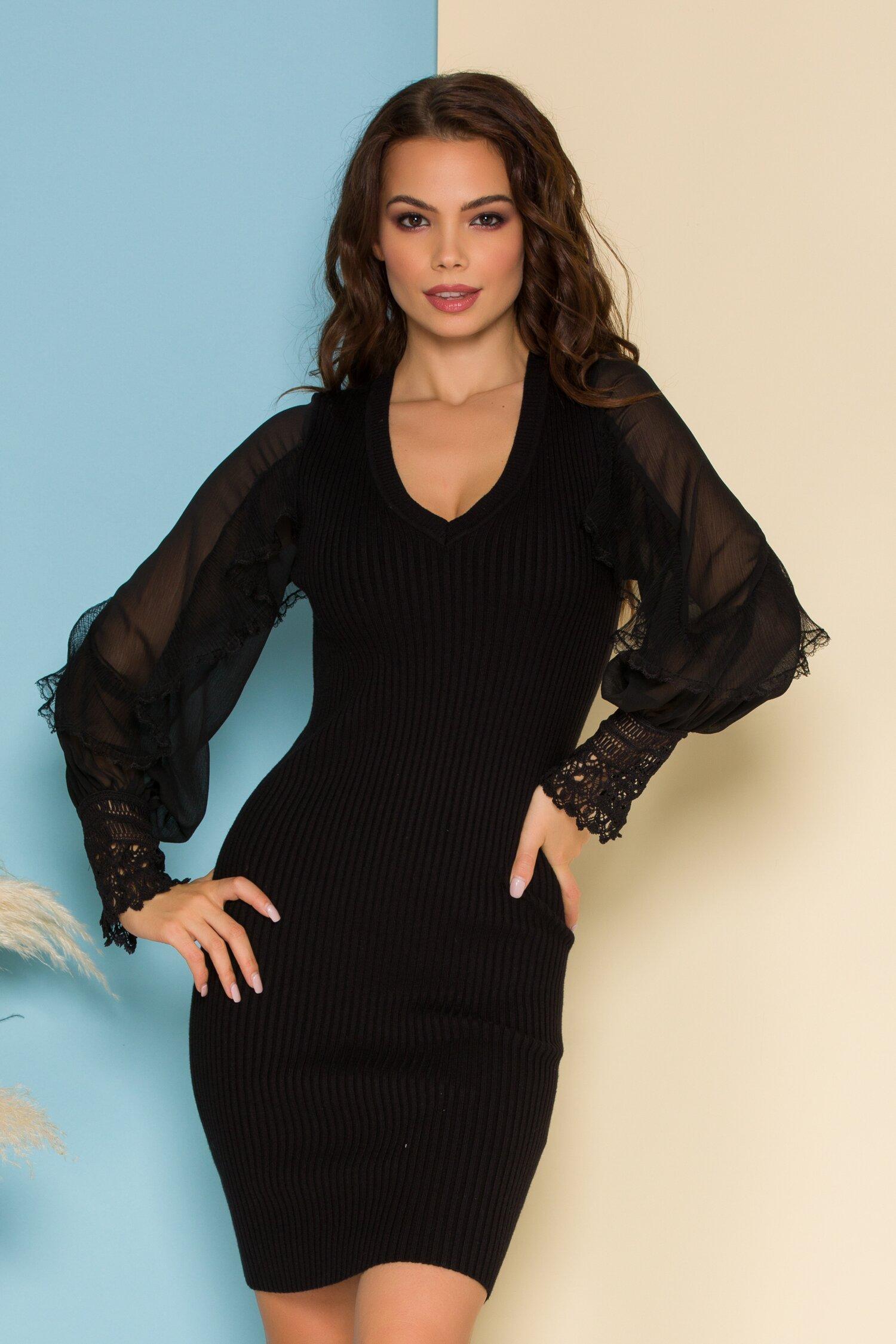 Rochie Amelia neagra din tricot cu maneci din voal cu volanase