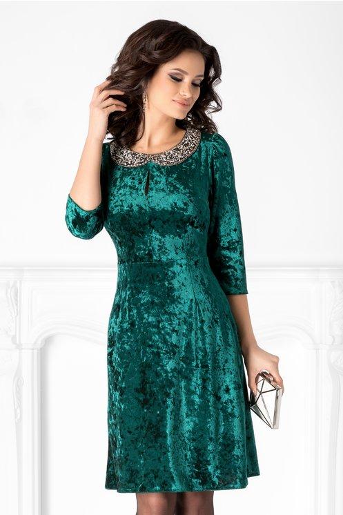 Rochie Amina verde din catifea cu reflexii si guler din margele