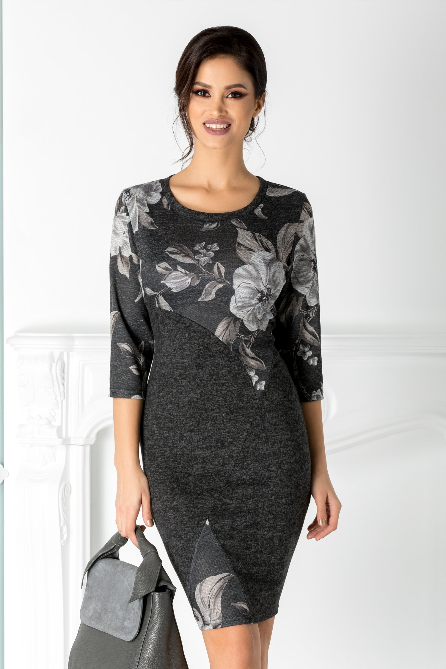 Rochie Amira neagra cu imprimeu floral gri