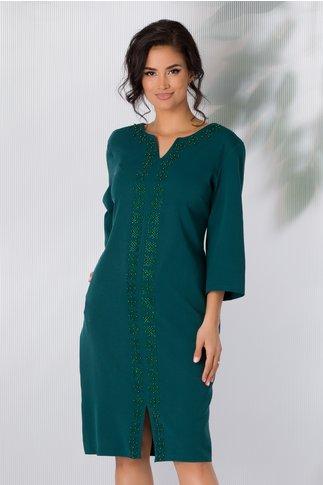 Rochie Anais verde inchis accesorizata cu strasuri si margelute