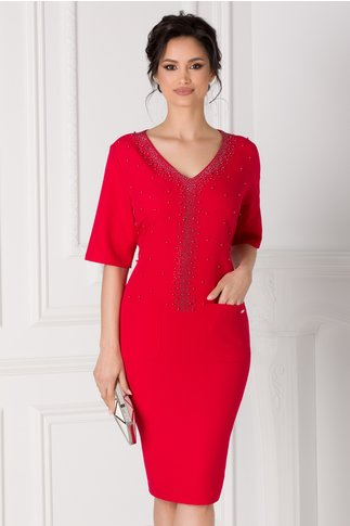 Rochie Anastasia rosie accesorizata cu strasuri si margelute