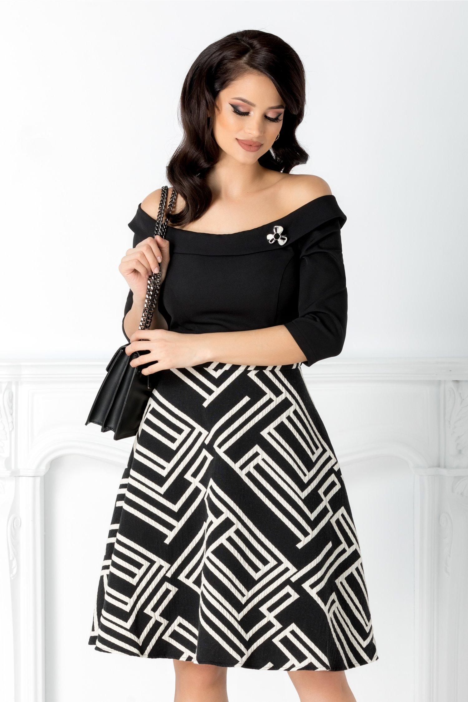 Rochie Angy neagra cu imprimeu alb la baza
