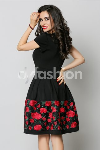 Rochie Angy Neagra cu Trandafiri Rosii