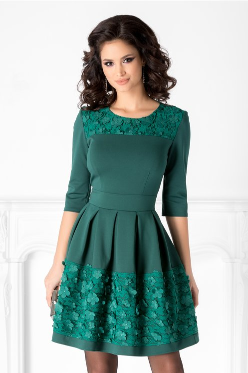 Rochie Angy verde cu broderie florala