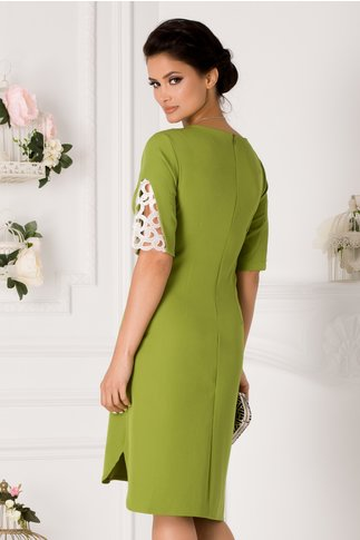 Rochie Ariana verde deschis asimetrica cu broderie la maneci