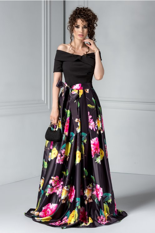 Rochie Artista Clemen neagra cu imprimeuri florale
