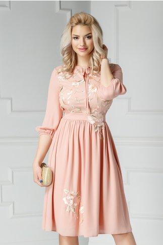 Rochie Asli roz coniac cu broderie crem si tull roz