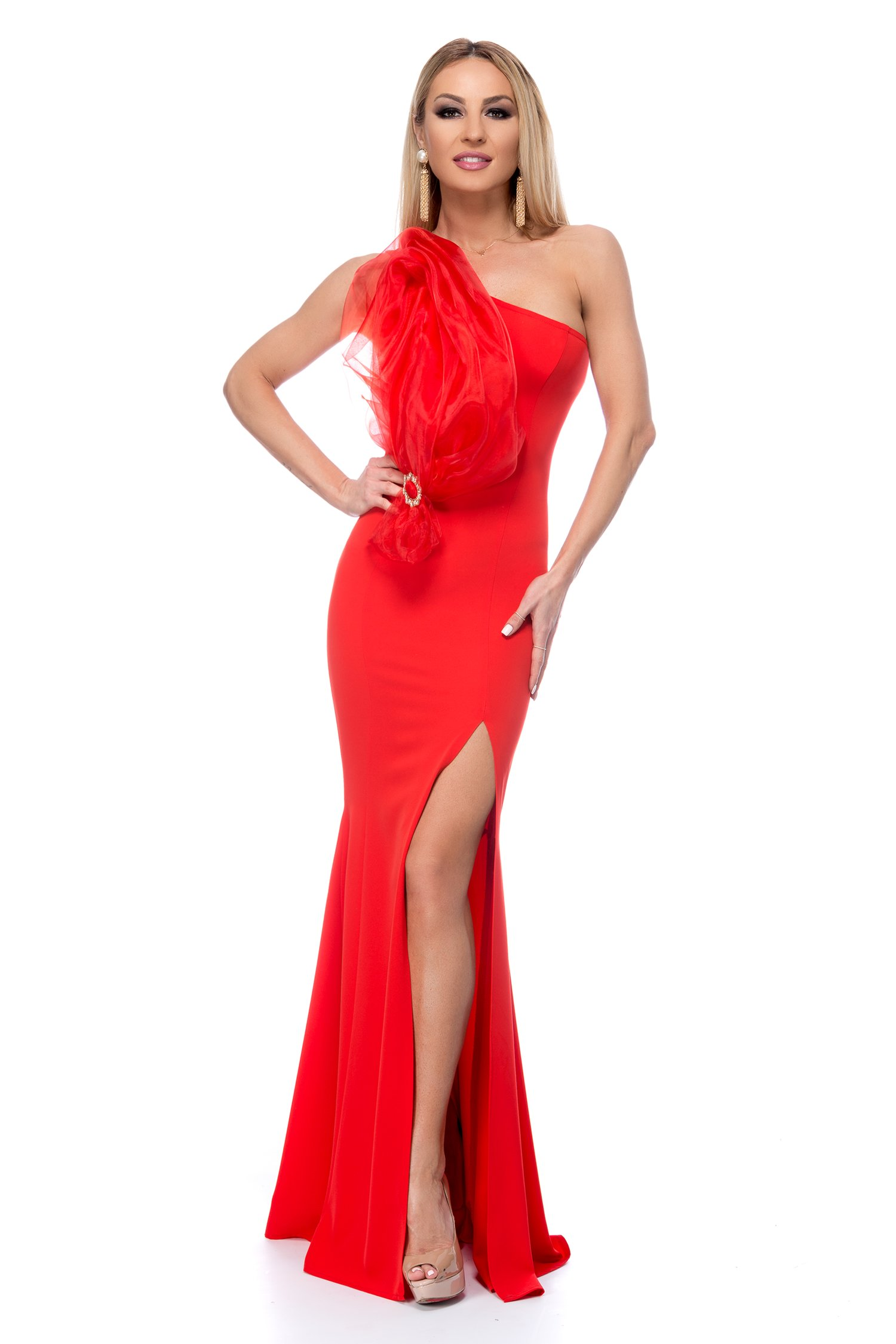 Rochie BBY lunga rosie cu aplicatie din organza la bust