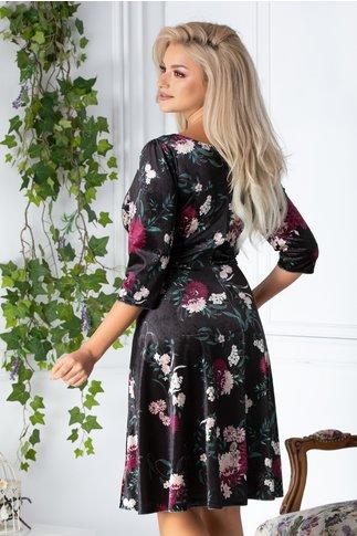 Rochie Becca neagra clos cu imprimeuri florale