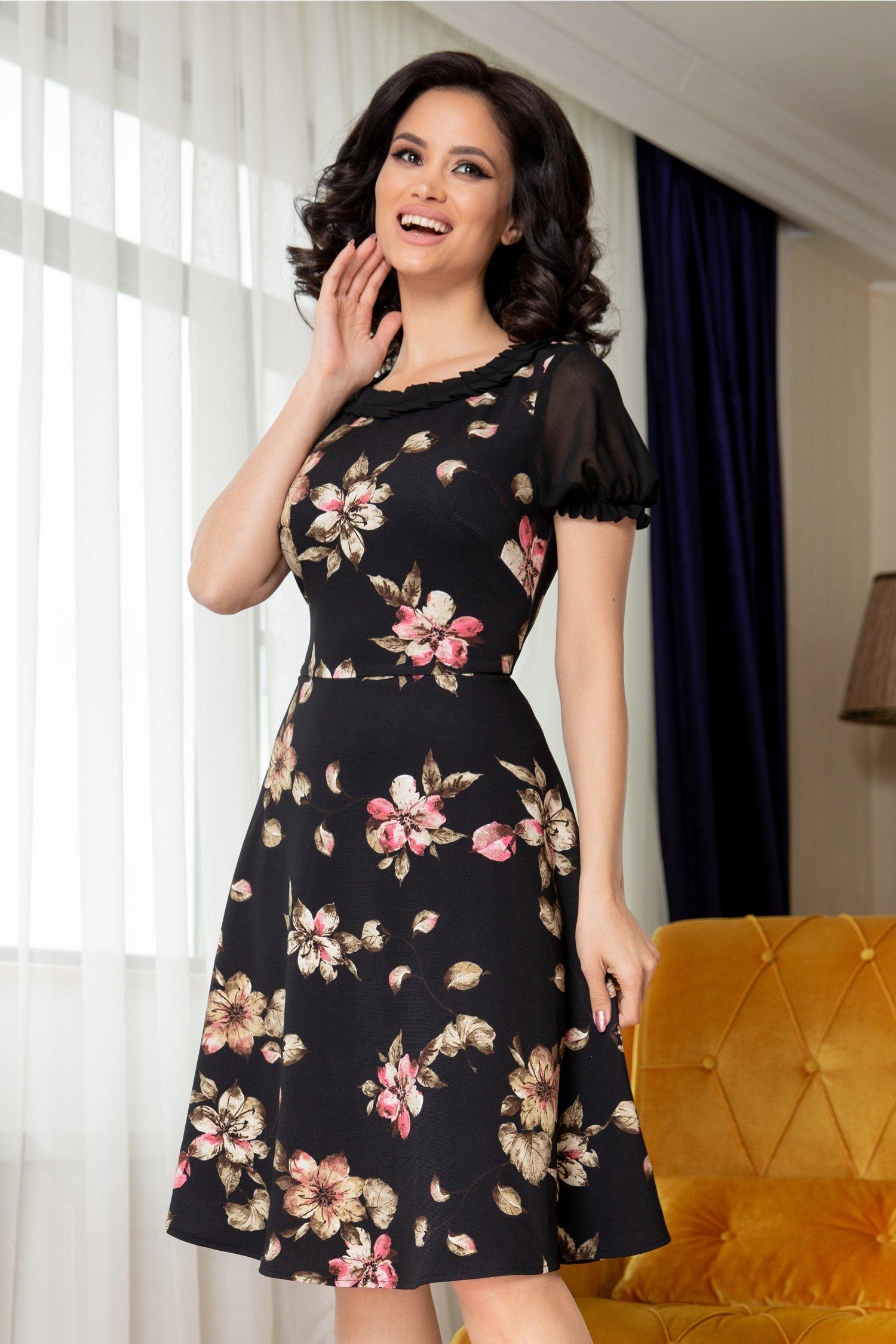 Rochie Brigitte neagra cu imprimeu floral