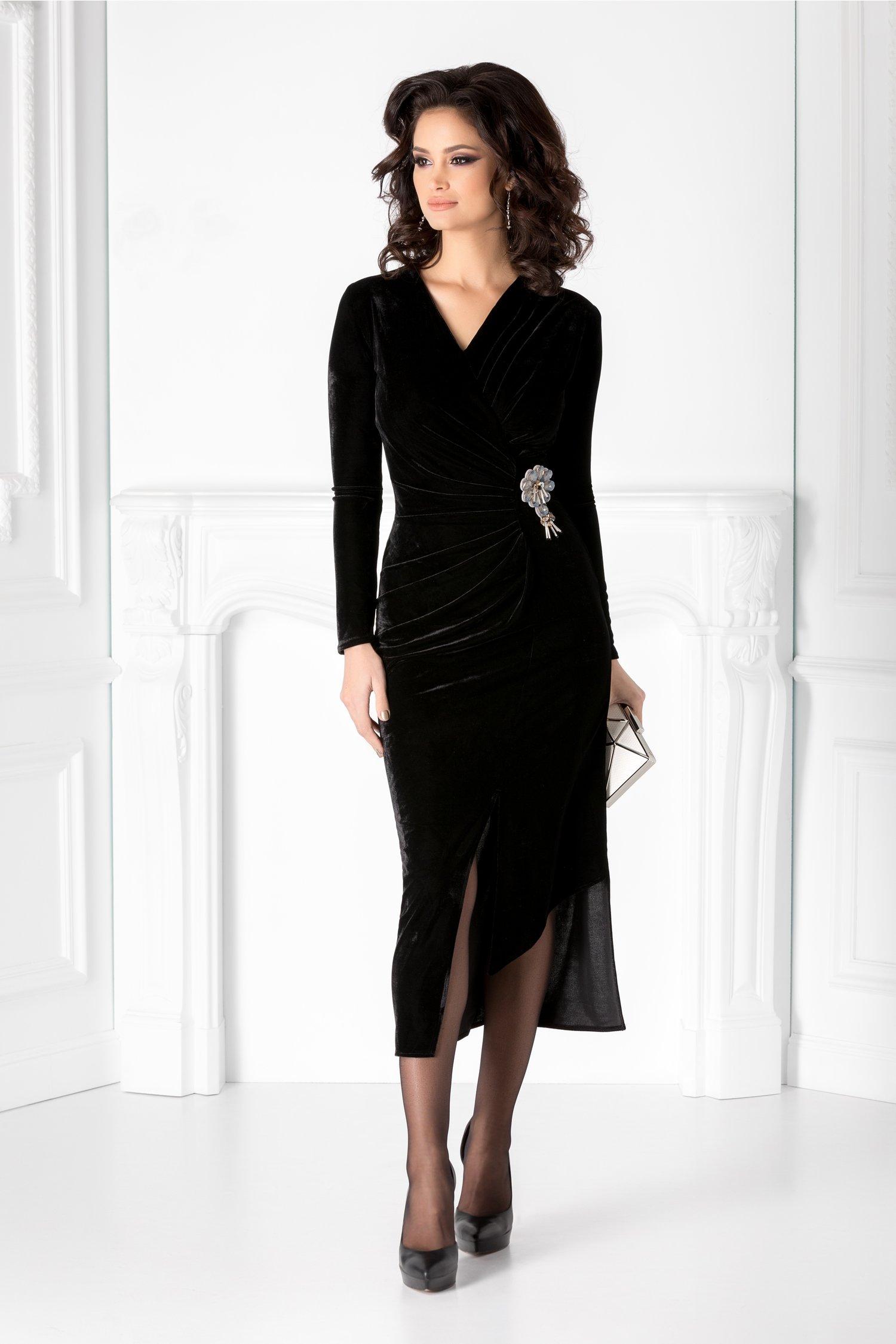 Rochie Brise neagra din catifea cu aspect fronsat