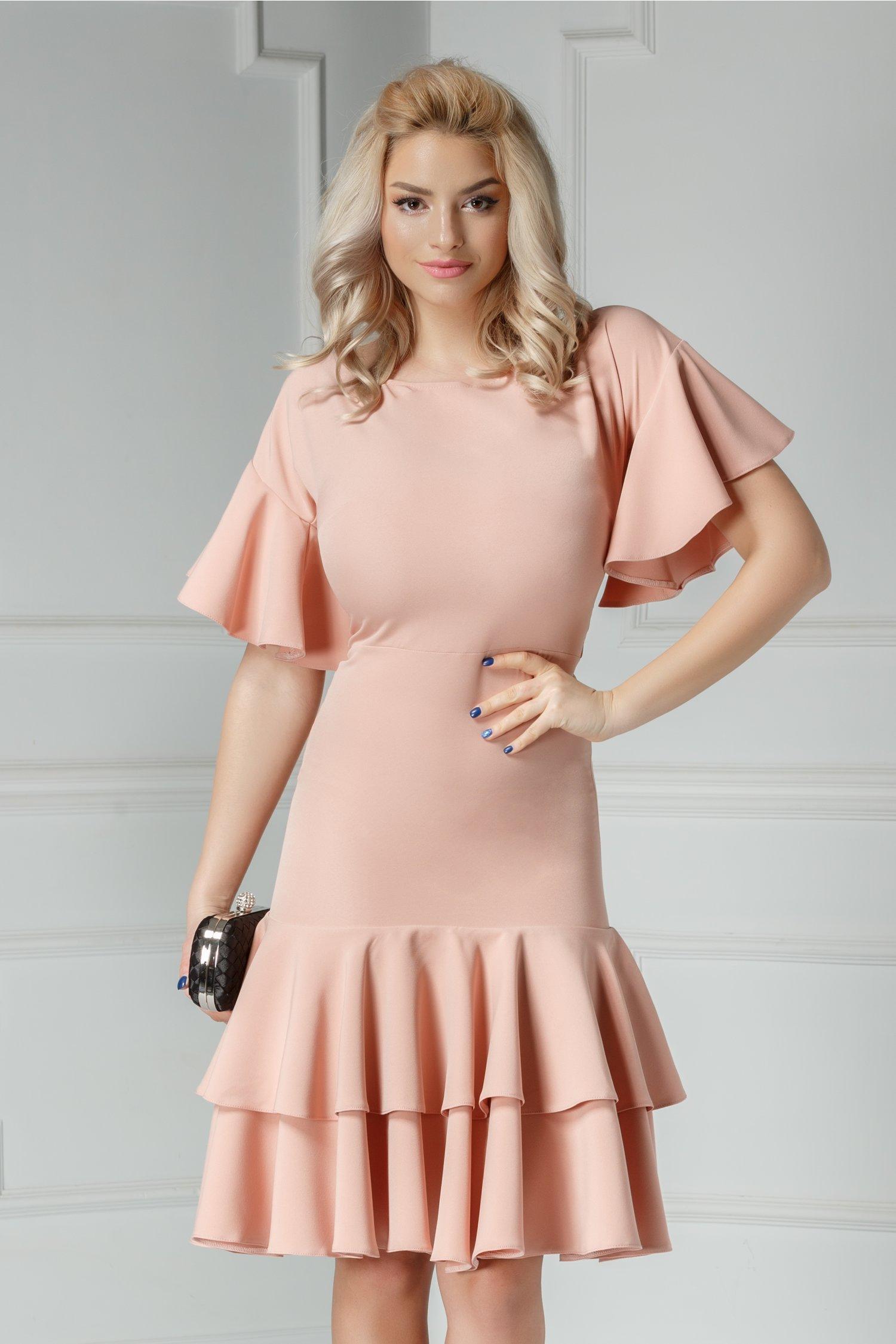 Rochie Brise Oleana roz pudra cu volanase