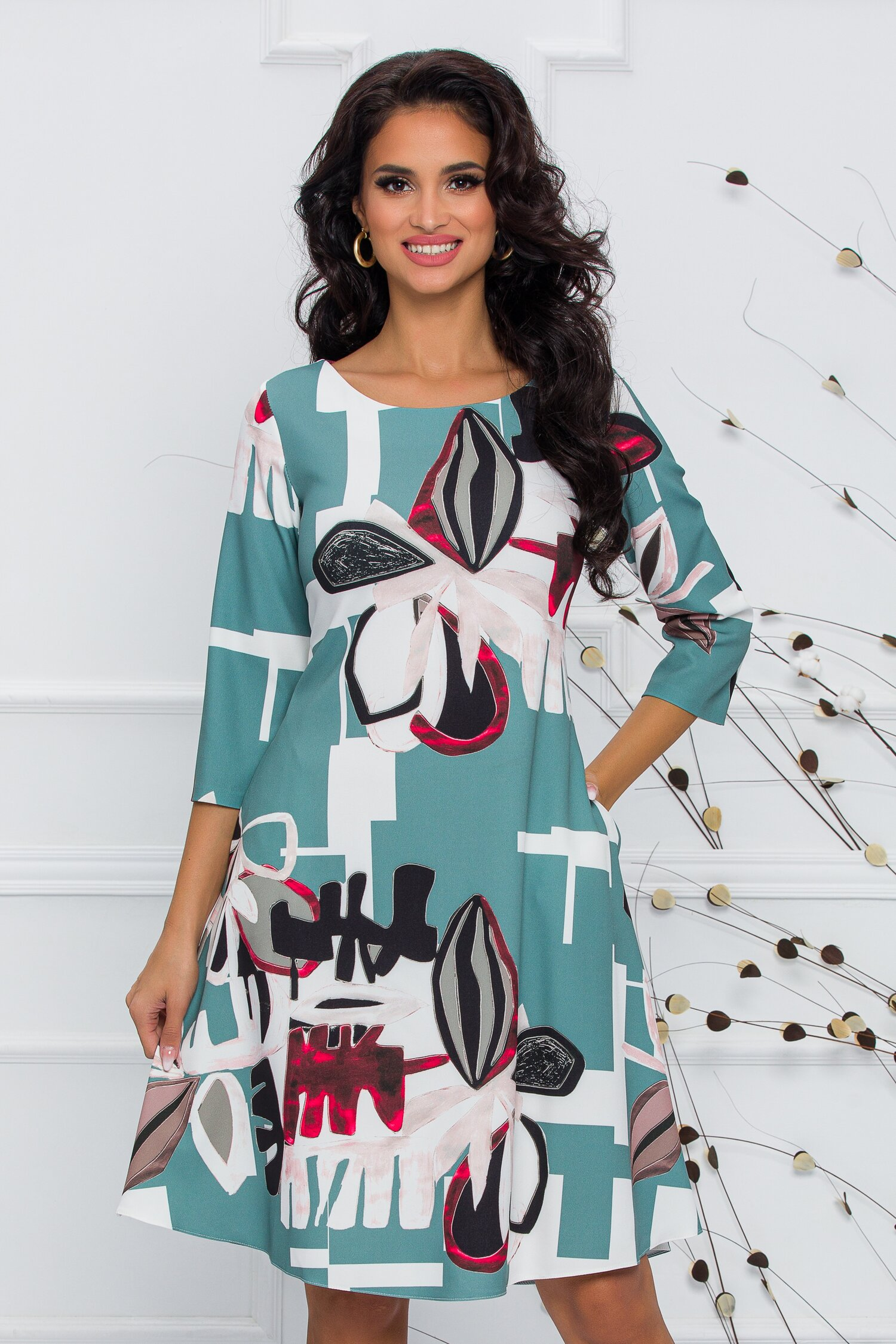 Rochie Calipso verde mint cu imprimeu abstract imagine