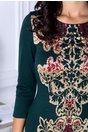 Rochie Cassy verde cu imprimeu vintage auriu