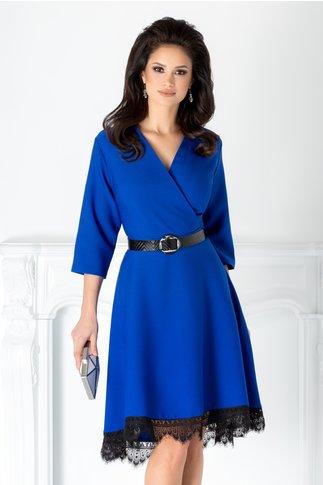Rochie Chesty albastra cu dantela la baza