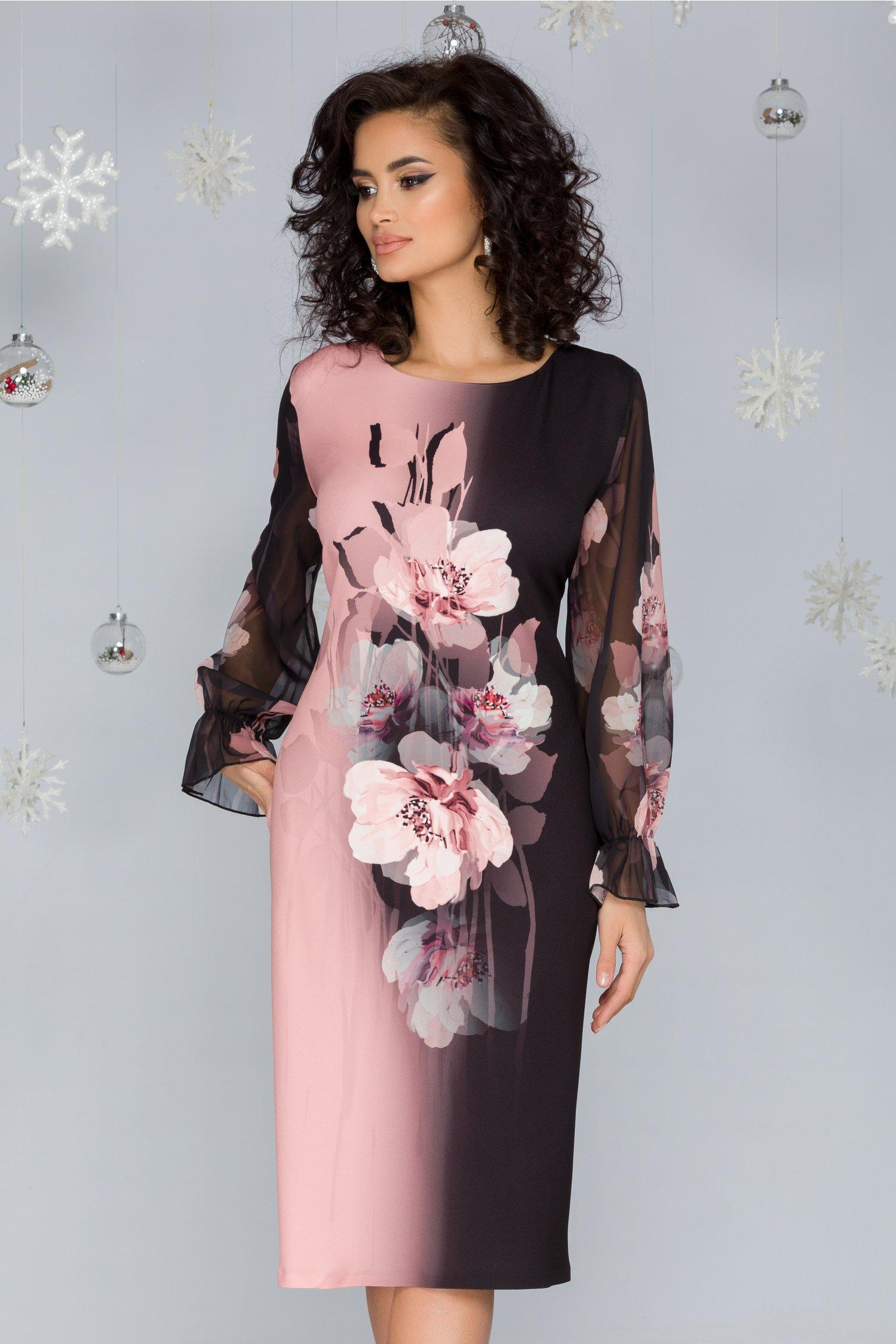Rochie Clara negru cu roz pudrat si imprimeu floral maxi pe mijloc