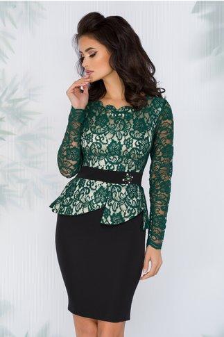 Rochie Clara verde cu peplum si margele in talie