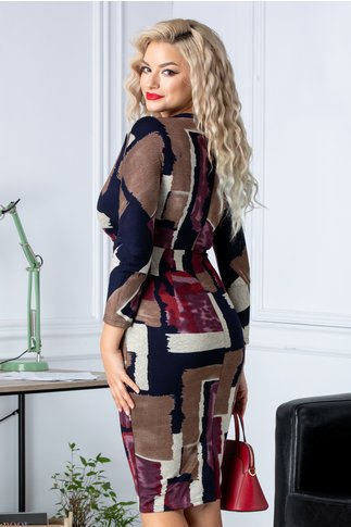 Rochie conica cu maneci trei sferturi si imprimeuri in tonuri tomnatice