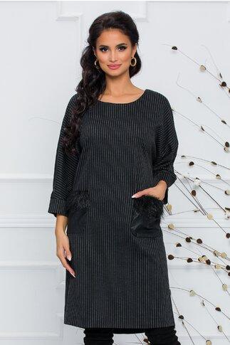 Rochie Crista neagra cu dungi verticale si buzunare aplicate