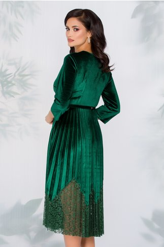 Rochie Dana verde din catifea cu fusta plisata si insertii din dantela