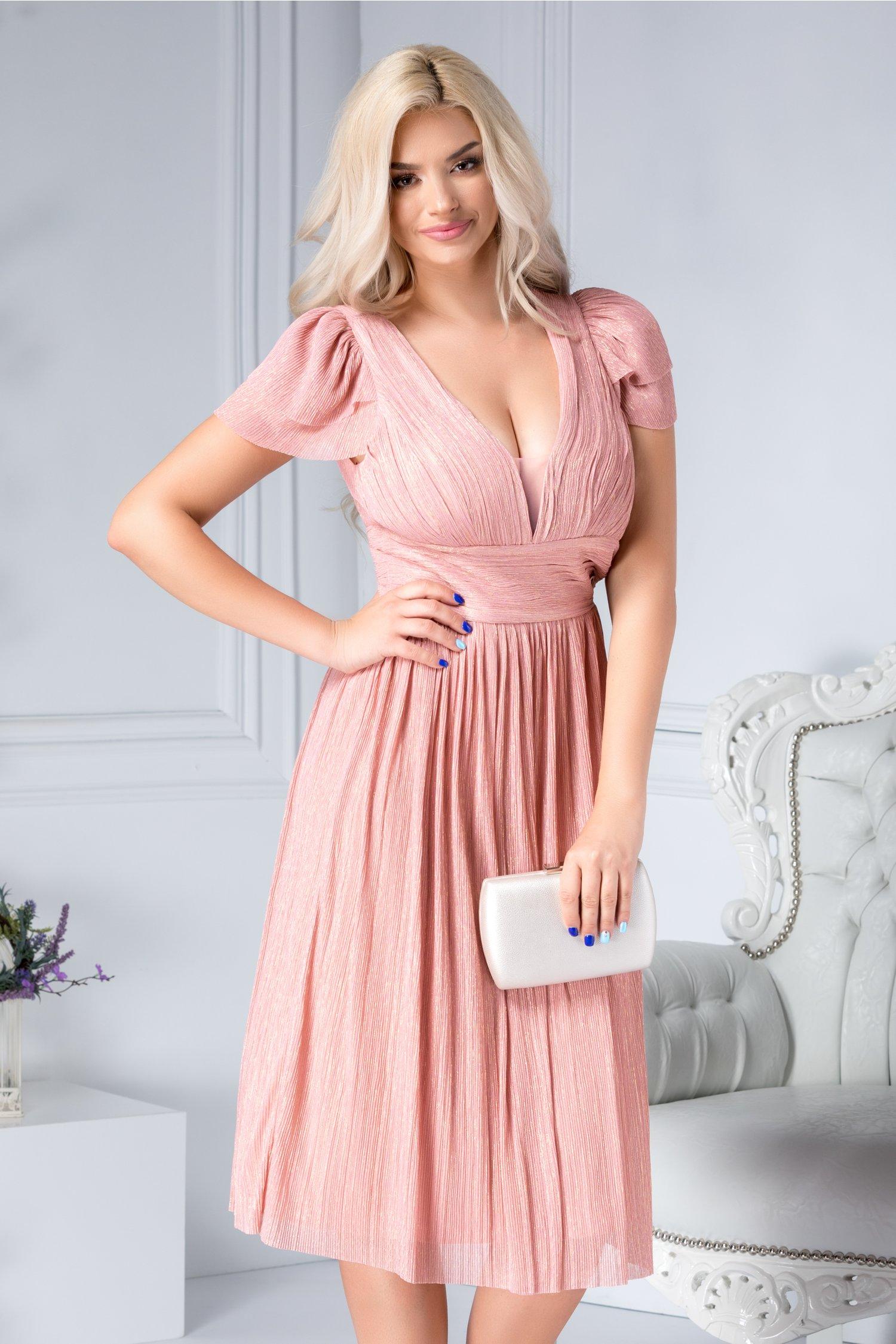 Rochie Deborah roz cu reflexii aurii de ocazie