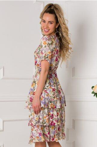 Rochie Deby alba cu imprimeuri florale colorate si volane