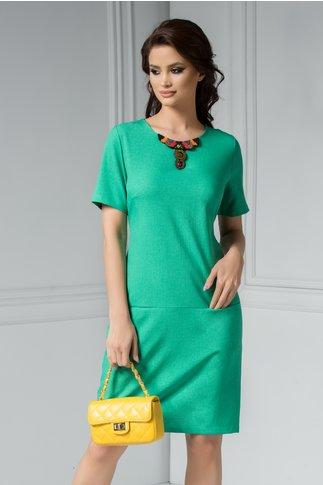 Rochie Dora verde deschis cu aplicatii la guler