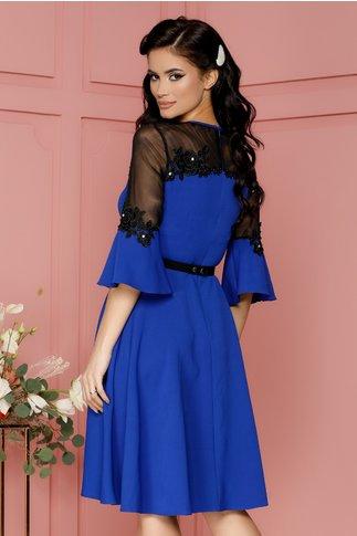 Rochie Elena albastra cu broderie florala si margelute la bust