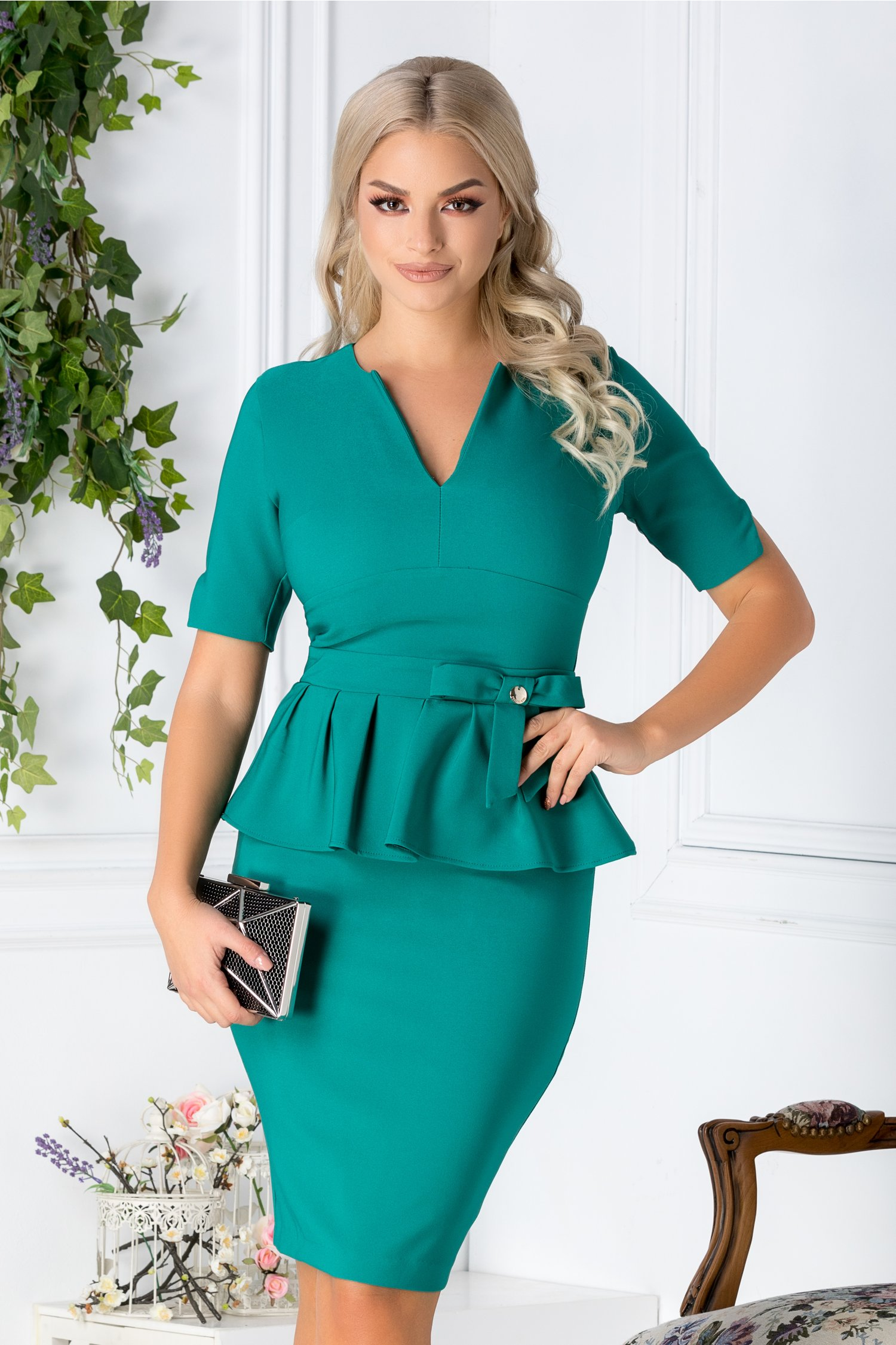 Rochie Elisa verde eleganta cu peplum