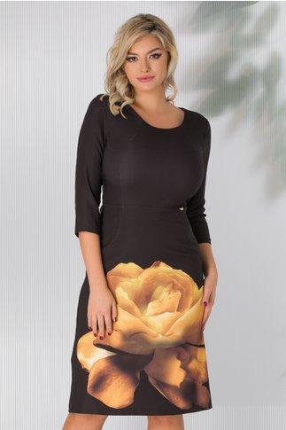 Rochie Eliza neagra cu floare galbena la baza