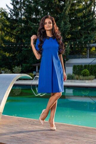 Rochie Elly albastra cu pliu maxi si guler clasic