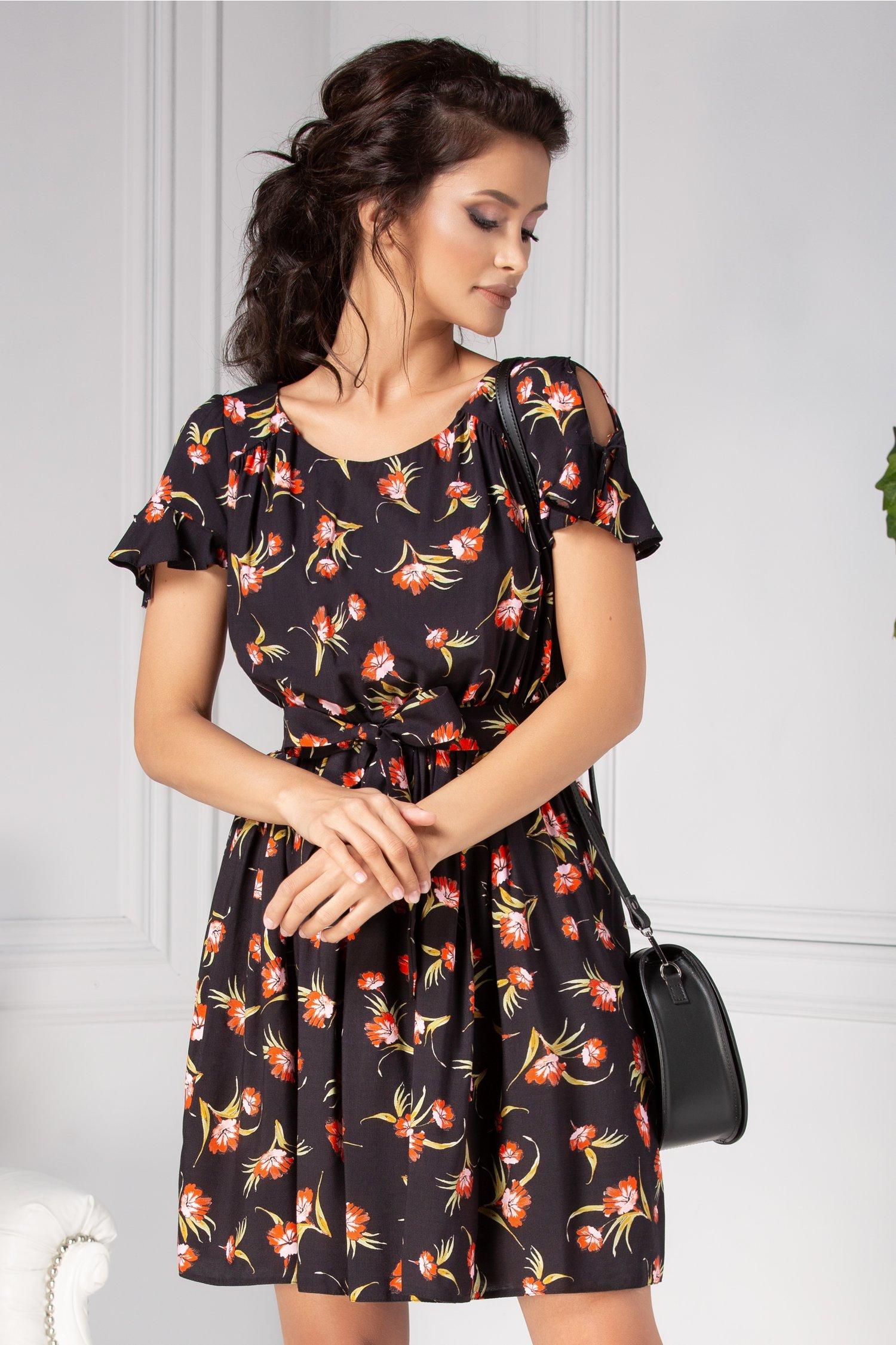 Rochie Emia clos de vara neagra cu flori