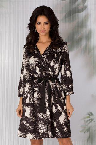 Rochie Emily neagra cu imprimeu alb abstract si cordon negru in talie